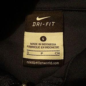 a9dac41767f7 NIKE Jackets   Coats - Men s small NIKE full zip light weight jacket - 20